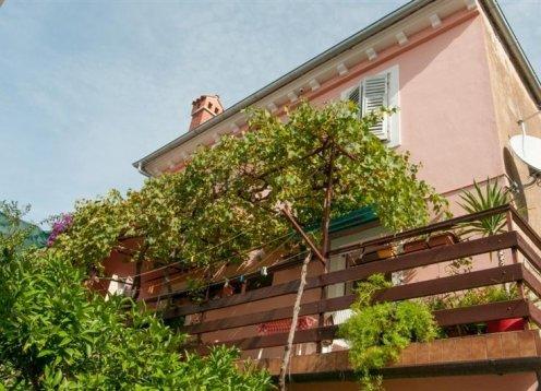 Apartments Vodarić - Mali Losinj AP Lara (2+0)